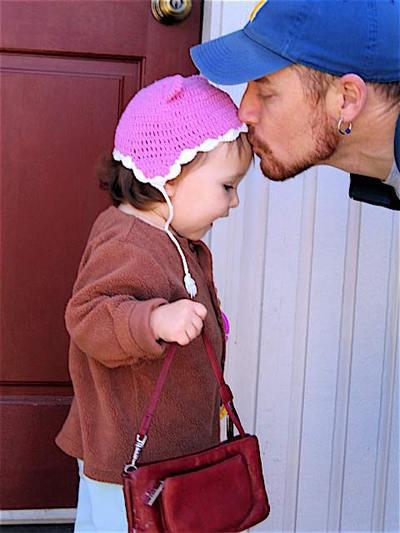 Kiss_before_the_zoo