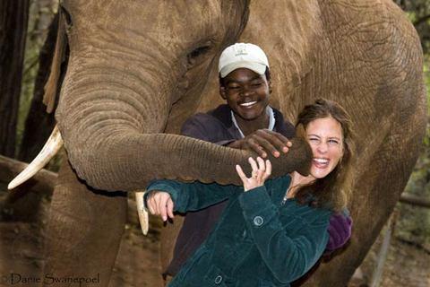 Elephant_kisses_2